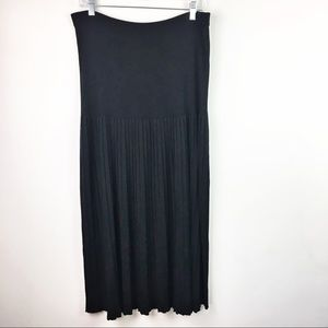 Exclusively Misook Pleated Skirt Size XL